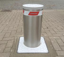 versenkbarer Edelstahl Poller 275/P 600A mit Reflexband Rot/Weiß